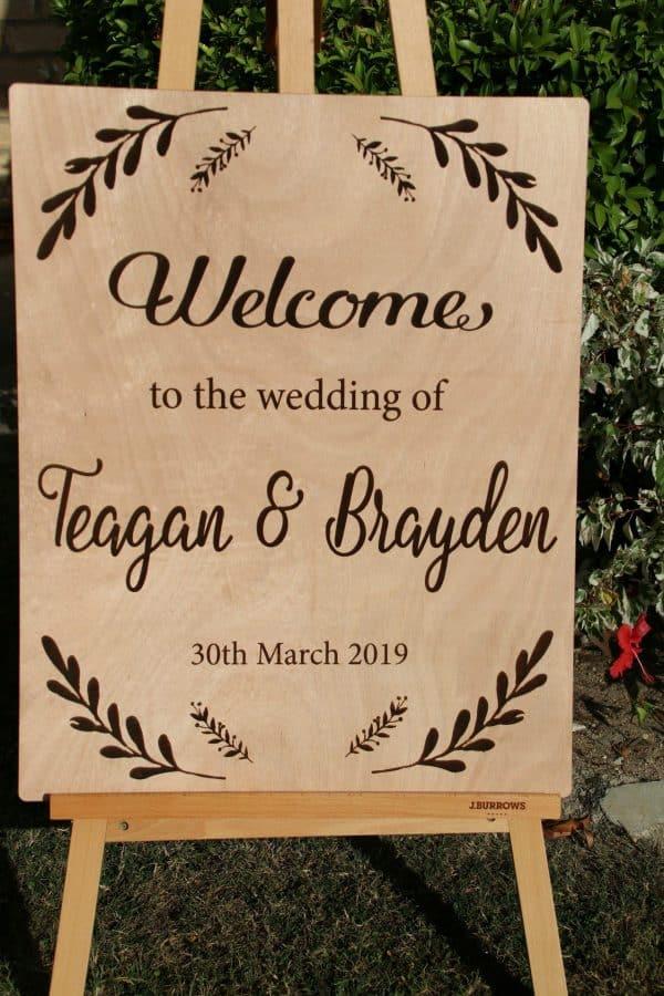 Personalised Wood Welcome Wedding sign 1